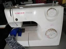 Máquina de costura Zig Zag Singer portátil