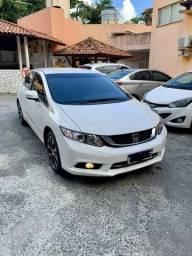 Honda Civic LXR Branco impecável - 2016