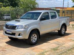 Hilux Stand CD Stand 4x4 3.0 TBDie 14/15 - 2015