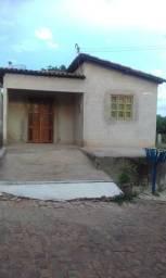 Casa bem localizada em codó dom expedito Lopes