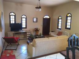 Itaipu - Casa Ampla - 4 qts - Terreno 450 m² - Piscina - Churrasqueira - 3 vagas