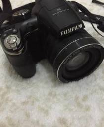 Câmera semiprofissional Fujifilm S4500