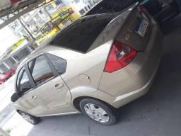 Fiesta Sedan 1.6 2009 completo financia se com entrada a partir de 2.000 - 2009
