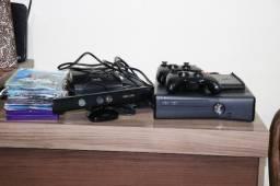 Vendo Xbox 360 + 2 controles + kinect + HD + jogos