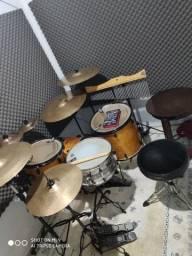 Torrando bateria Michael acústica