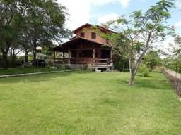 Casa de condomínio a venda em Gravatá-PE com 04 quartos / 600 Mil !
