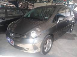 Honda fit automático, troco , financio .