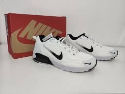 Tênis Nike Air Max - grade com 5