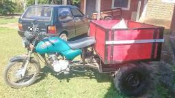 Triciclo trator para uso rural. Retirada em Paraguaçu-MG