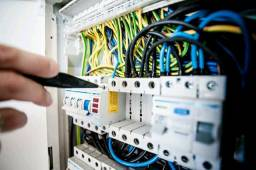 Eletricista predial residência emergência entre outros servicos