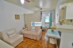 Título do anúncio: Apartamento p/ aluguel, mobiliado, ar, garagem, Jd. Apipema, Salvador-BA