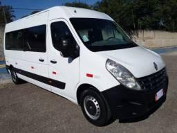 Renaul Master2016 Minibus 1 donoR$ 124.900 Financia,troca