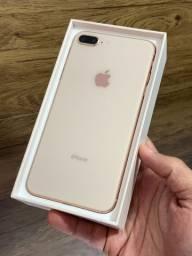 iPhone 8 Plus 64GB Dourado Gold Rose - Até 18x no cartão! Saúde da bateria 100% 64 GB
