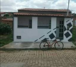 Vende-se Casa em Várzea do Poço - BA, Excelente localização