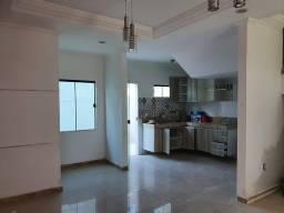 Título do anúncio: Duplex para venda possui 110 metros quadrados com 2 suítes em Taperapuan - Porto Seguro -