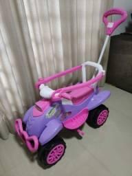 Título do anúncio: Carrinho De Passeio Infantil Calesita Cross Pink<br><br><br>