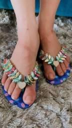 Título do anúncio: Sandália personalizada decorada