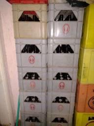 Título do anúncio: Caixas de litrinhos completas