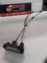 Título do anúncio: Fechadura  eletrica  da porta traseira  direita da zafira