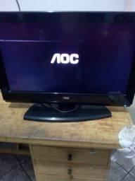 Título do anúncio: Vendo uma TV AOC
