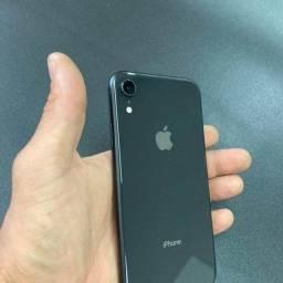 Título do anúncio: Iphone xr 64gb preto com caixa.