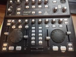 DJ Mixer controladora beringher