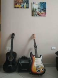 Violão, CX de som e Guitarra com pedestal pra a guitarra