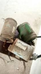 Vende-se motor elétrico de 1 CV monofasico