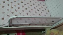 Grade protetora para cama infantil