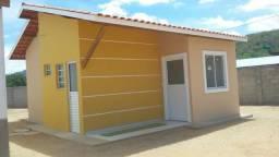 Aluga-se casa no condominio Golden Ville