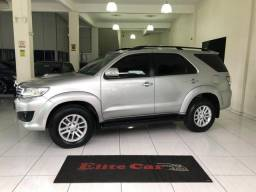 Hilux sw4 7 lugares - 2015