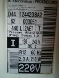 Refrigerador Electrolux Duplex D-44