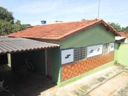 Troco casa em goiania