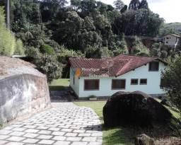 Casa 5 quartos (3 suítes), amplo quintal, parque do imbuí, teresópolis