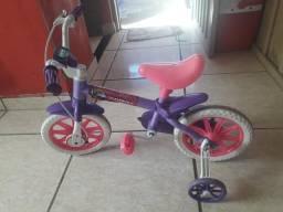 Vendo bicicleta infantil para 2 a 4 anos