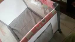 Berço Voyage funny rosa novinho com colchão