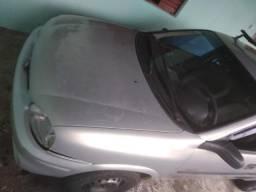 Corsa 2005 1.6 R$ 8.500,00 - 2005
