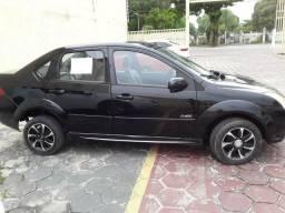 Fiesta Sedan1.0 - 2010