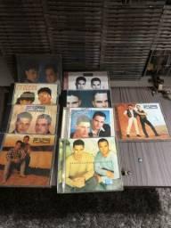 CDS coleção Zezé de Camargo e Luciano 9 CDS originais 200.00 reais contato *
