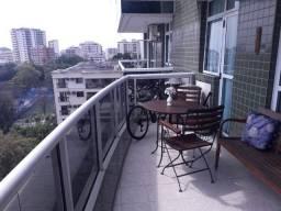 Área Nobre da Tijuca Apartamento 4 Qts, 2 vagas - 147m²