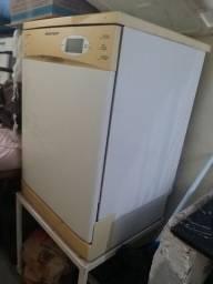 Vendo marquina  de lavar usada poucas vezes