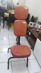 Cadeira dobrável para maquiagem, sobrancelhas ou estética