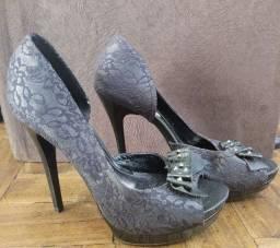 Sandália meia pata Bebecê