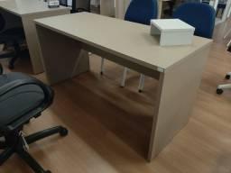 Vendo mesa para escritorio 140 x 60 x 73