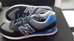 Título do anúncio: Tênis original New Balance Preto e azul