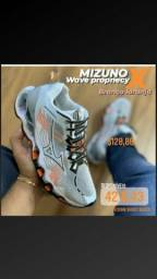 MIZUNO wave prophecy x Branco laranja