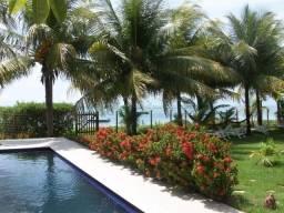 (E) Casa de 07 quartos na beira-mar da Praia dos Carneiros