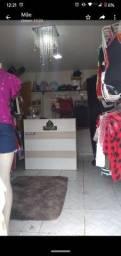 Loja de roupas montada