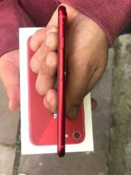 Título do anúncio: Vendo IPhone 8 RED