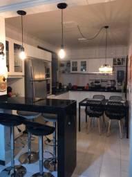 Apartamento semi mobiliado no centro de Nova Serrana.